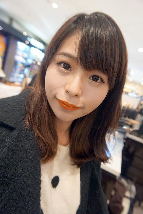 laura mercier蘿拉豐潤漾唇膏 10.JPG