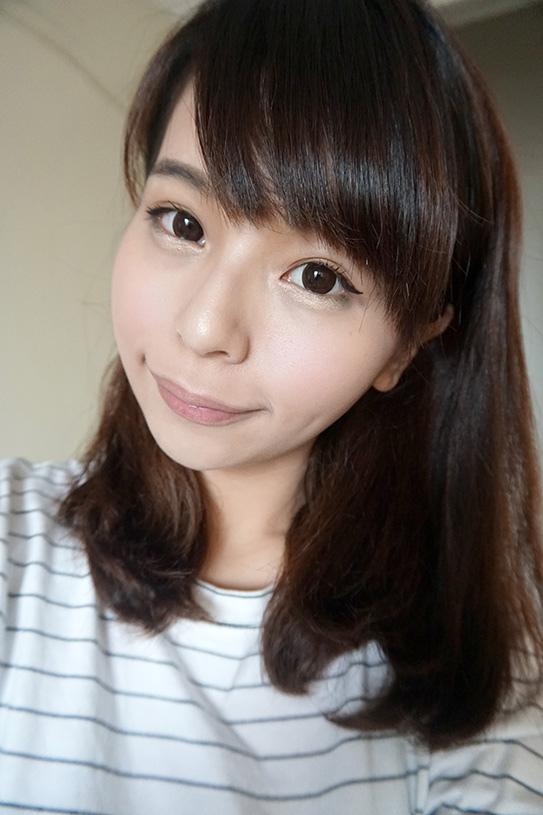 laura mercier蘿拉豐潤漾唇膏 33.JPG