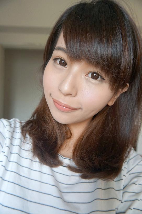 laura mercier蘿拉豐潤漾唇膏 40.JPG