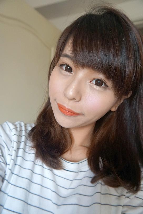 laura mercier蘿拉豐潤漾唇膏 45.JPG