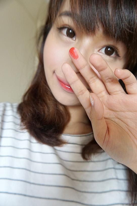 laura mercier蘿拉豐潤漾唇膏 65.JPG