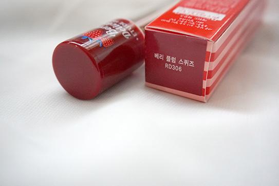 ETUDE HOUSE草莓唇彩 09.JPG