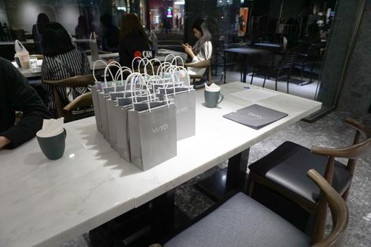 VISIRO Café06.jpg