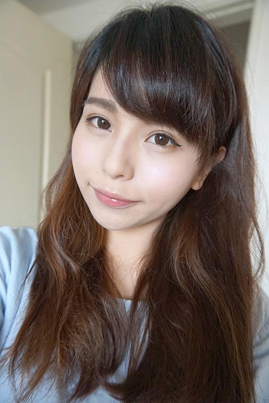 CLARINS 彈潤植萃美唇油14.JPG