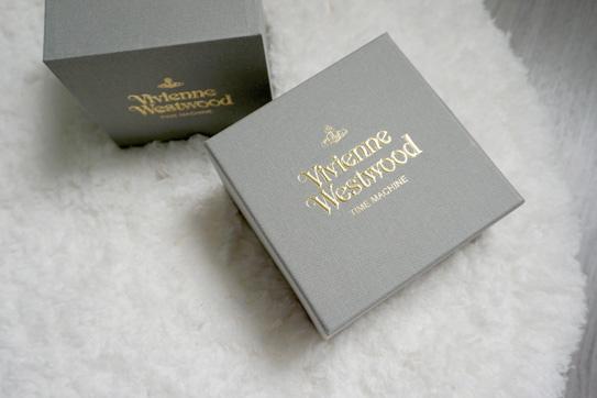 Vivienne Westwood 腕錶 02.jpg