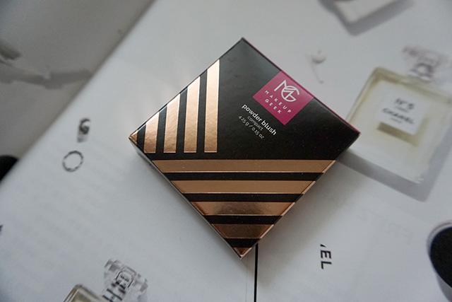 Makeup Geek Blush Compact 腮紅 Secret Admirer 01.JPG