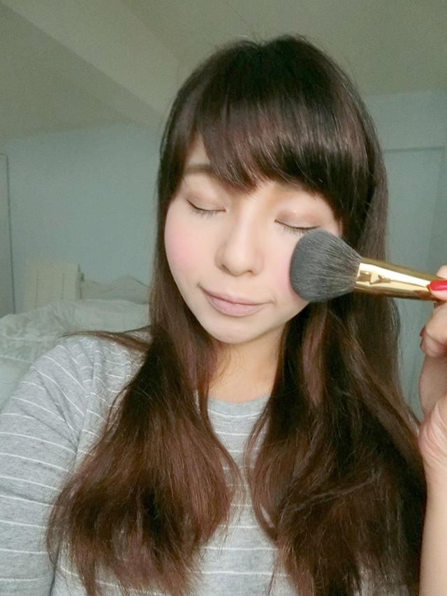 Makeup Geek Blush Compact 腮紅 Secret Admirer 16.JPG