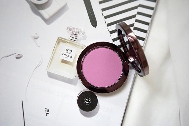 Makeup Geek Blush Compact 腮紅 Secret Admirer 24.JPG