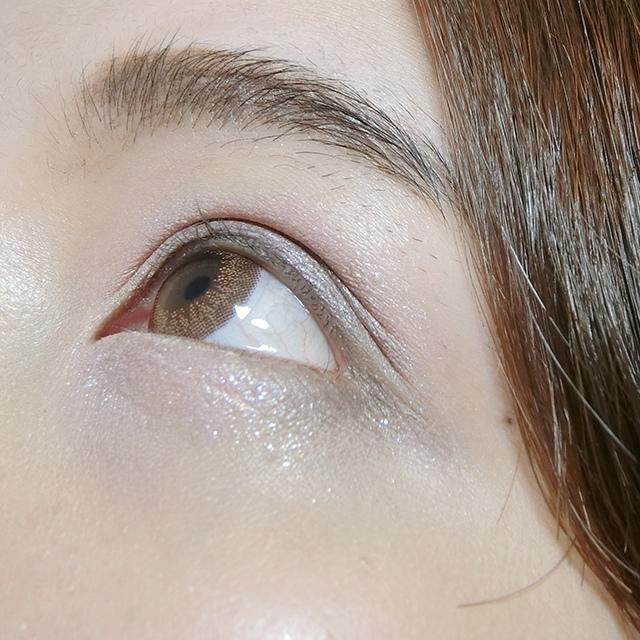 FASIO 液態眼影18.JPG