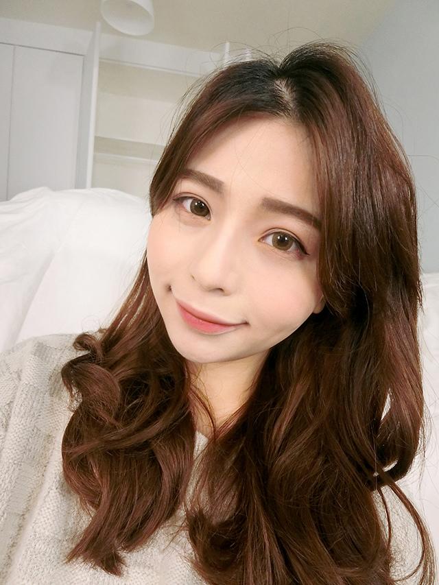 媚比琳 柔霧花蜜唇膏 焦糖裸 櫻桃紅 26.JPG