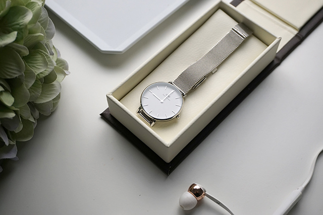 DW Daniel Wellington Classic Petite Sterling 32MM 03.JPG