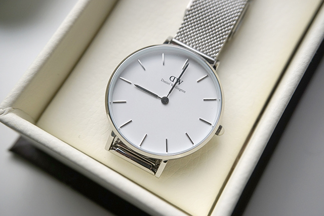 DW Daniel Wellington Classic Petite Sterling 32MM 05.JPG