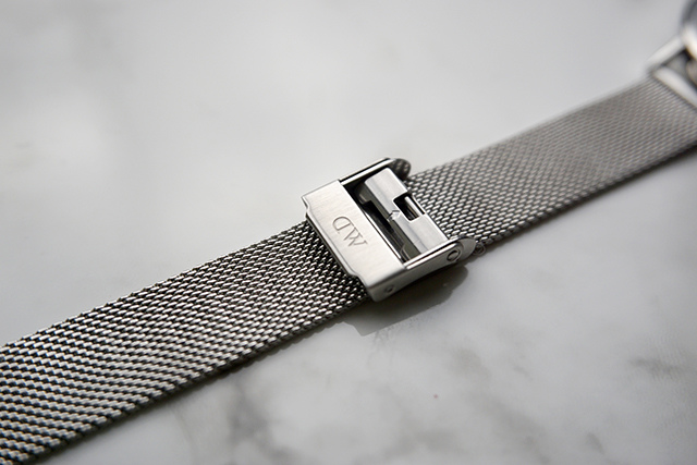 DW Daniel Wellington Classic Petite Sterling 32MM 09.JPG
