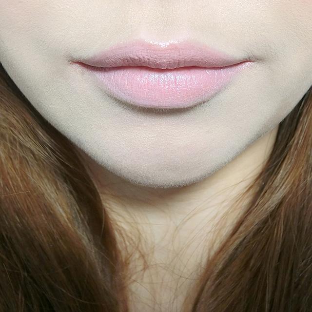 MAC lipstick霧幻性感唇膏Lavender Jade &閃亮星澤唇膏Angel 11.JPG