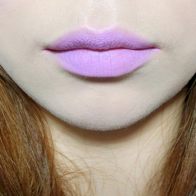 MAC lipstick霧幻性感唇膏Lavender Jade &閃亮星澤唇膏Angel 21.JPG