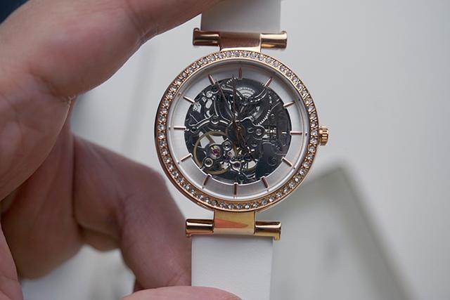 Kenneth Cole手錶  黑色白色男女對錶 09.JPG