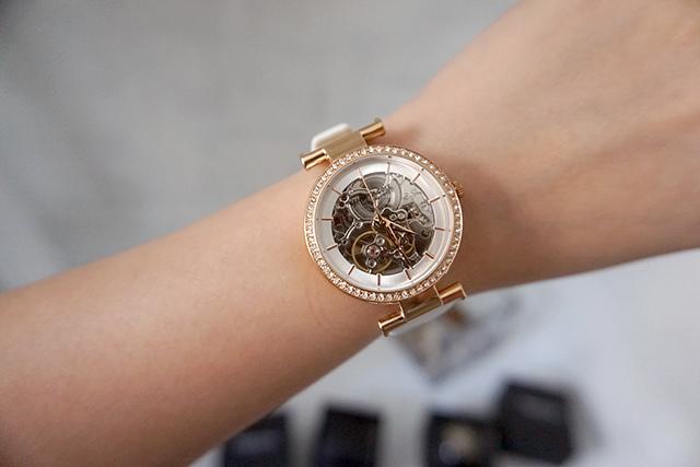 Kenneth Cole手錶  黑色白色男女對錶 14.JPG