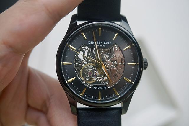 Kenneth Cole手錶  黑色白色男女對錶 24.JPG
