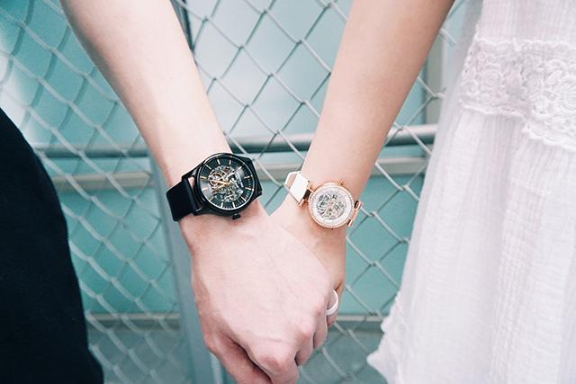Kenneth Cole手錶  黑色白色男女對錶 32-1.jpg
