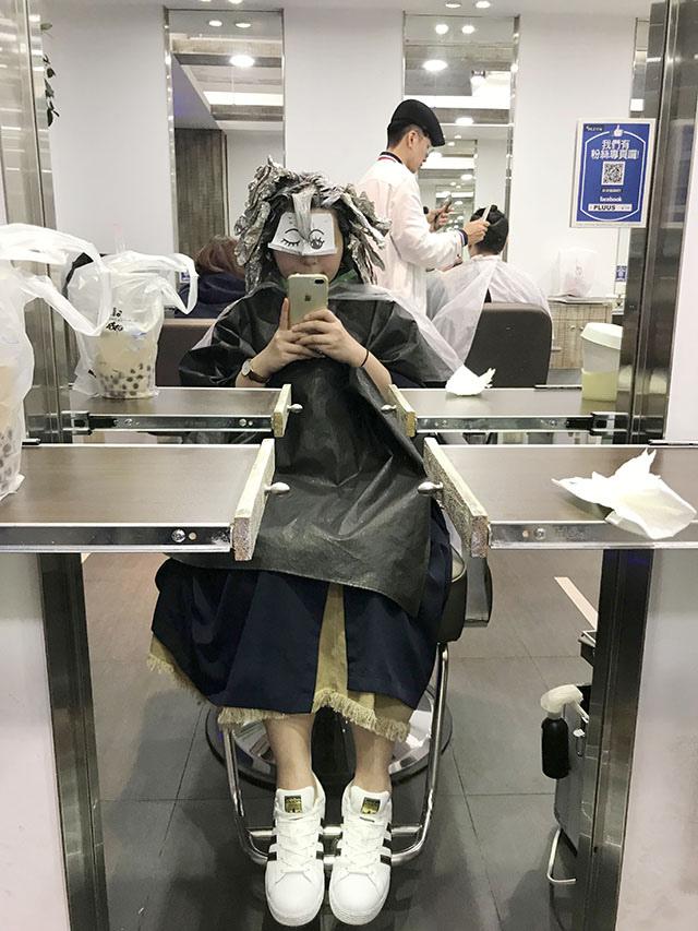 台北剪发推荐PLUUS南西one店|夏日新发型 慵懒冷棕x梦幻微卷