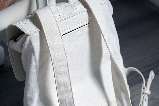 Gaston Luga白色後背包穿搭分享07.JPG