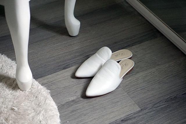 白色穆勒鞋穿搭 02.JPG