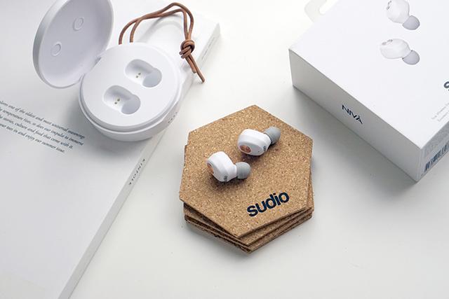 Sudio 藍芽耳機 NIVÅ %26; VASA BLÅ13.JPG