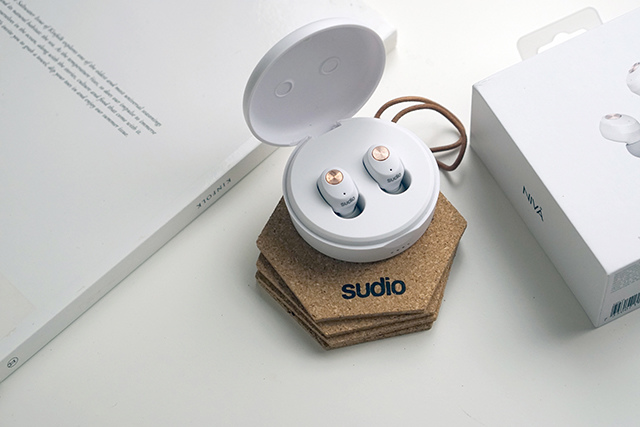 Sudio 藍芽耳機 NIVÅ %26; VASA BLÅ10.JPG
