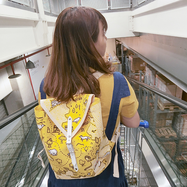YKRA backpack 後背包穿搭17.JPG