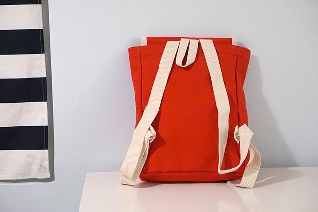 YKRA backpack 後背包穿搭20.JPG