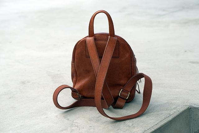 Madewell Bag真皮後背包24.JPG