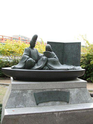 浮舟和香王爺的雕像(宇治十帖的重要角色)