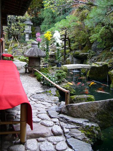 小巧雅致的日式庭園