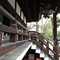 佔地寬廣的仁和寺,有許多重要的伽藍、國寶及文化財。
