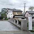 目標是位於弁天橋旁的十石舟乘場。