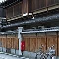 町家風建築的日式旅館。