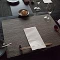 今天吃的雖然是法式料理,但使用的食器和整體用餐的氛圍卻是日式的,所以感覺分外新奇喔!