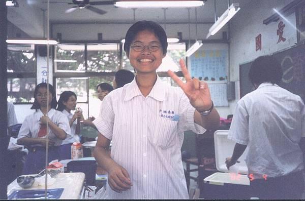 2002園遊會.JPG