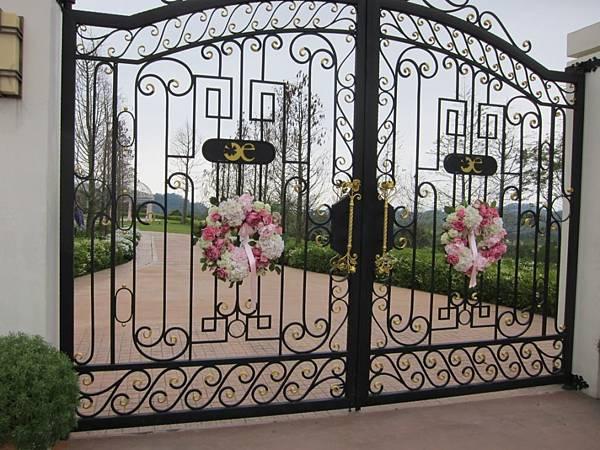 婚禮區的大門