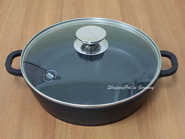 寶迪黑鑽圓形燉鍋.jpg