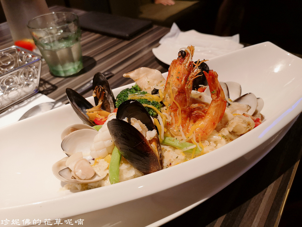 Seafood risotto.jpg