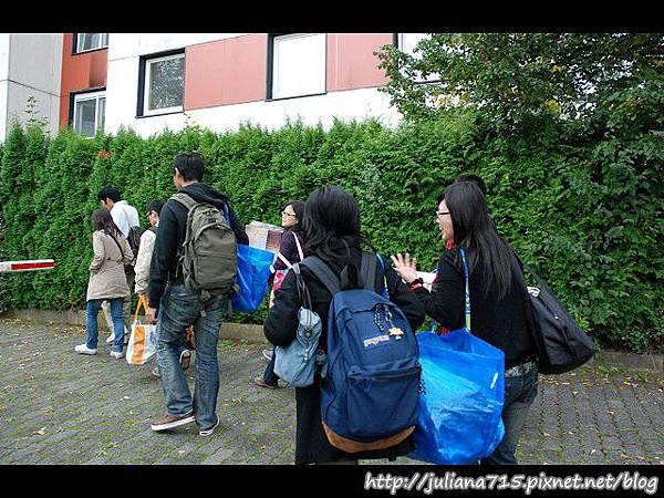 PhotoCap_08090749 搬家宿舍小倩 (YS).jpg