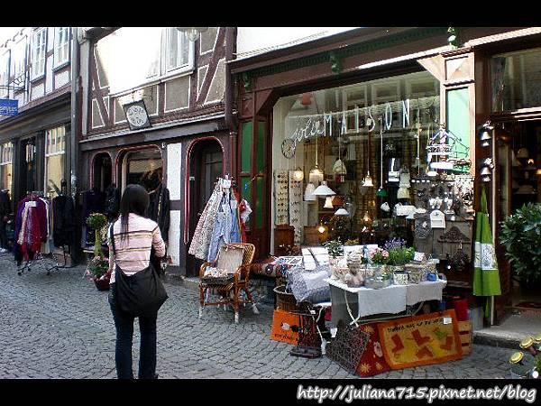 PhotoCap_08091922 馬堡舊城街景小倩 (Helen).jpg