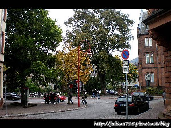 PhotoCap_08100705 馬堡舊城街景 (Helen).jpg