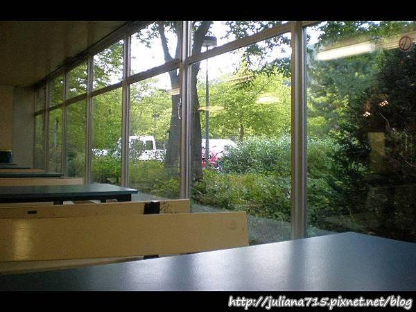 PhotoCap_08091540 教室 (Helen).jpg