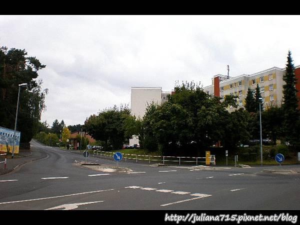 PhotoCap_08092023 馬堡街景 (Helen).jpg