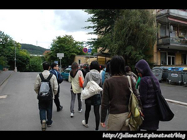 PhotoCap_08090716 馬堡街頭小倩 (YS).jpg