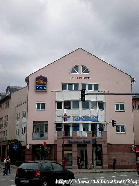 PhotoCap_08091542 馬堡街景 (Helen).jpg