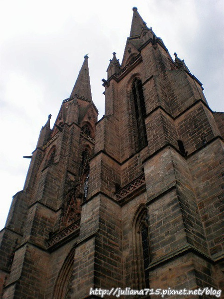 PhotoCap_080920147 馬堡街景伊莉莎白教堂 (Helen).jpg