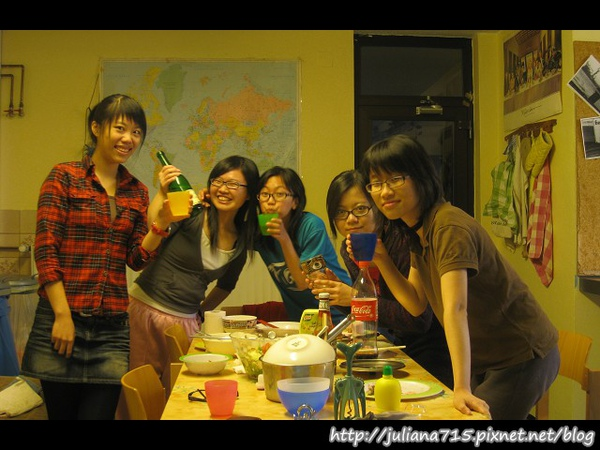 PhotoCap_08100444 小倩 (沛蓁).jpg